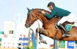 الفارس الشربتلي يُتوَّج بالجائزة الكبرى في بطولة خشم الحصان
