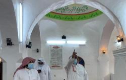 """بالصور.. """"المدخلي"""" يتفقد جوامع ومساجد جزر فرسان جازان"""