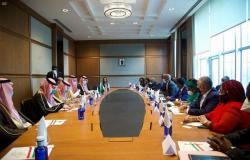 """""""قطان"""" يبحث مع وزير خارجية غينيا العلاقات الثنائية وسبل تطويرها"""