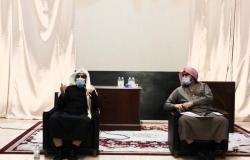 مدير الإسلامية بالرياض يبحث مع مدير المساجد آليات تطبيق الإجراءات الاحترازية
