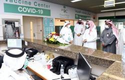 """""""ملكية ينبع"""" تدشن حملة التطعيم ضد فيروس كورونا بالمركز الطبي"""