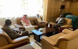 وزير الأوقاف السوداني يبحث مع السفير السعودي سبل التعاون في الشؤون الدينية