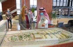 شاهد.. القنصل الأمريكي بالظهران تزور جامعة الأمير محمد بن فهد