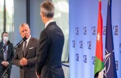 الملك يلتقي أمين عام حلف الناتو في بروكسل