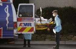 الولايات المتحدة تسجّل 43.256 إصابة مؤكدة و815 وفاة بفيروس كورونا