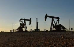 ارتفاع أسعار النفط بعد هجوم إلكتروني أغلق خطوط أنابيب أمريكية مهمة