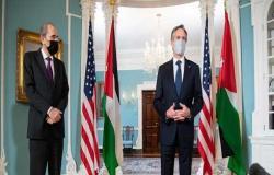 بلينكن والصفدي يتفقان على العمل لبسط هدوء مستمر في إسرائيل وغزة