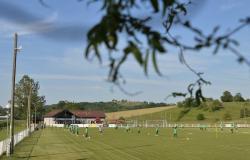 """""""أخضر الشباب"""" يواجه سلوفينيا في البطولة الدولية"""