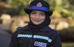 شرطة مقاطعة بريطانية تختبر زيّا خاصاً بالشرطيات المحجّبات صمّم في نيوزيلندا