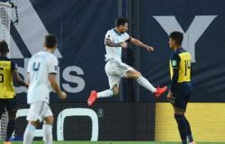 الأرجنتين ضد تشيلي .. هدف خرافي من ميسي «فيديو»