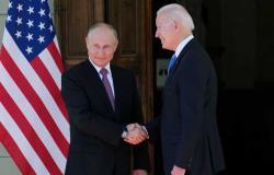 البيت الأبيض يكشف عن هديتين قدمهما بايدن لبوتين خلال قمتهما في جنيف