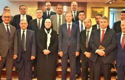 منها تصنيع وتجميع السيارات..... 16 مجال للتعاون بين مصر وروسيا .... ( التفاصيل )