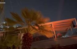 في أقل من دقيقة.. غرق مطعم عائم بالكامل في النيل بالجزيرة (فيديو)