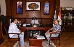 محافظ مطروح: صرف تعويضات خطوط الكهرباء للمضارين بمدينة الحمام بـ3 ملايين جنيه