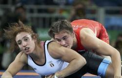 أولمبياد طوكيو 2020.. إيناس خورشيد تودع منافسات المصارعة من دور الـ16
