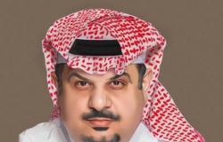 ديوان مقروء وموقع إلكتروني.. عبدالرحمن بن مساعد يجمع تجارب السنين