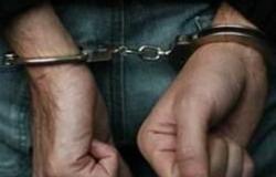 ضبط عاطل بنصف كيلو مخدرات وبندقية آلية في الخانكة