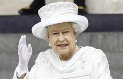 قصر بكنجهام: الملكة إليزابيث خضعت لفحوص طبية بمستشفى وعادت لقلعة وندسور