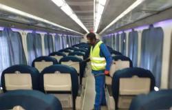 المترو والسكة الحديد يواصلان تطهير القطارات ضد فيروس كورونا