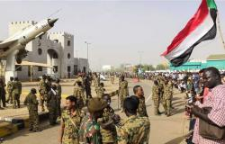 السودان.. انتشار مكثف للجيش في الخرطوم وسط أنباء عن «انقلاب عسكري»