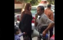 بالفيديو : مواطن يثير الجدل بعد سيره فى الشوارع يسب الناس بسبب ثورة الغلابة