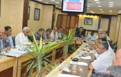 لجنة من وزارة المرافق لتلبية احتياجات محافظة أسوان