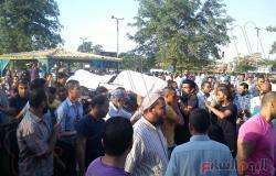 بالصور.. المئات يشيعون ضحية اشتباكات رمسيس بالإسماعيلية