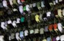 معارضو الحكومة في تونس يؤدون صلاة العيد