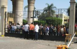 نائب جامعة عين شمس :لم يستخدم المولوتوف فى اشتباكات الطلاب أمس