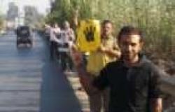 """أنصار """"المحظورة"""" ينظمون سلسلة بشرية بشبين القناطر للمطالبة بعودة مرسي"""