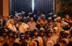 """وقفة بالشموع لأهالي ضحايا """"كنيسة الوراق"""" أمام الكاتدرائية"""