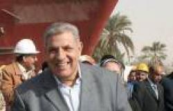«محلب» لعمال «المقاولون العرب»: «وحشتوني.. ويد عرقانة بالعمل أشرف من المُخربة»
