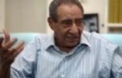 """الأبنودي يدعو المصريين للموافقة على الدستور بـ""""قصيدة جديدة"""""""