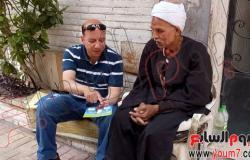 بالصور..فريق البيئة يشرح لأهالى العجوزة أهمية منظومة الفصل من المنبع