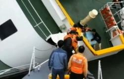 فيديو صادم لقبطان العبارة الكورية أثناء هروبه بـ«ملابسه الداخلية» قبل غرقها