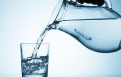 أخصائى تغذية:التعقيم الزائد للمياه يضعف المناعة وجسمك محتاج 10أكواب يوميا