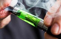 كارثة.. السجائر الإلكترونية تسبب التسمم والغيبوبة